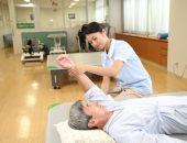 上腕の痛みの原因を見極めるために必要な3つのチェックポイント