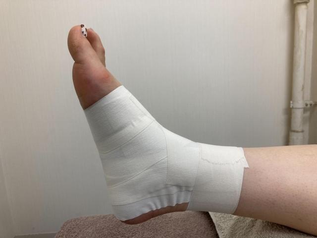足首から先の問題